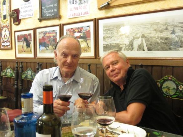 Michael Wigram & Joe Distler at Taberna Las Botas in Almería (Photo: Alexander Fiske-Harrison)