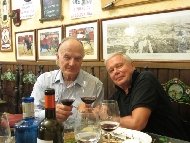Michael Wigram & Joe Distler at Taberna Las Botas in Almería (Photo: Alexander Fiske-Harrison)
