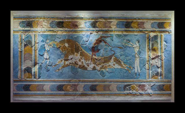 Bull_leaping_minoan_fresco_archmus_Heraklion