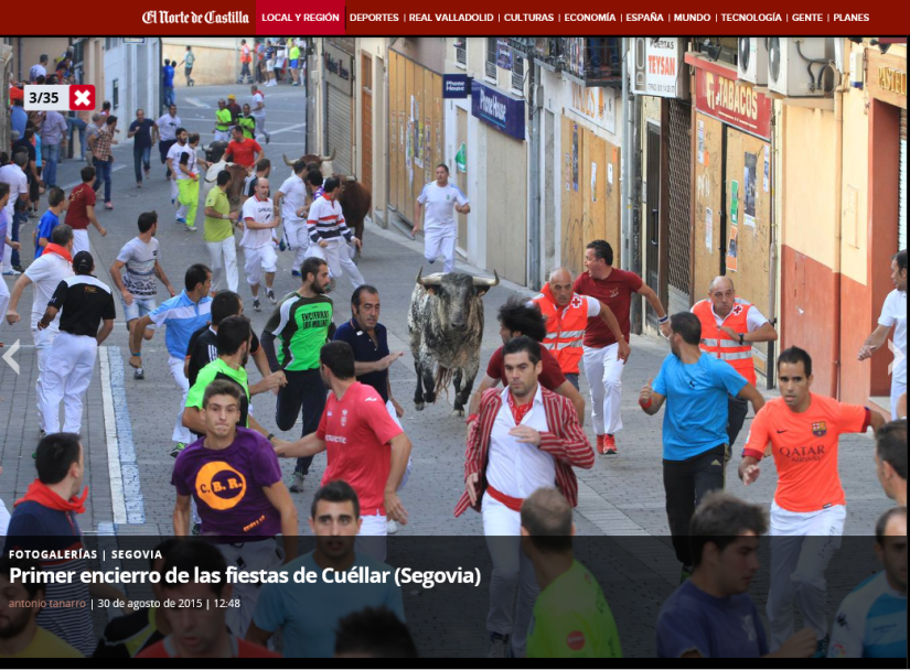 Alexander Fiske-Harrison running the bulls in Cuéllar on morning described (Photo © Antonio Tanarro / El Norte de Castilla)